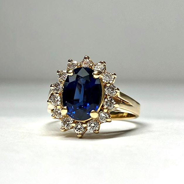 14KY Approx 2.23 Natural Blue Sapphire and Diamond Ring