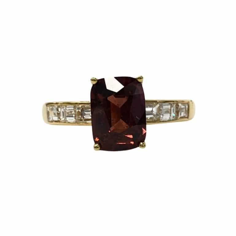 18KY No Heat Sapphire Diamond Ring
