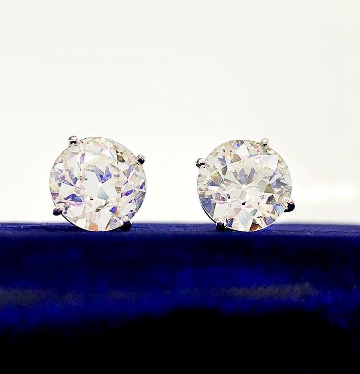 Studs Diamond