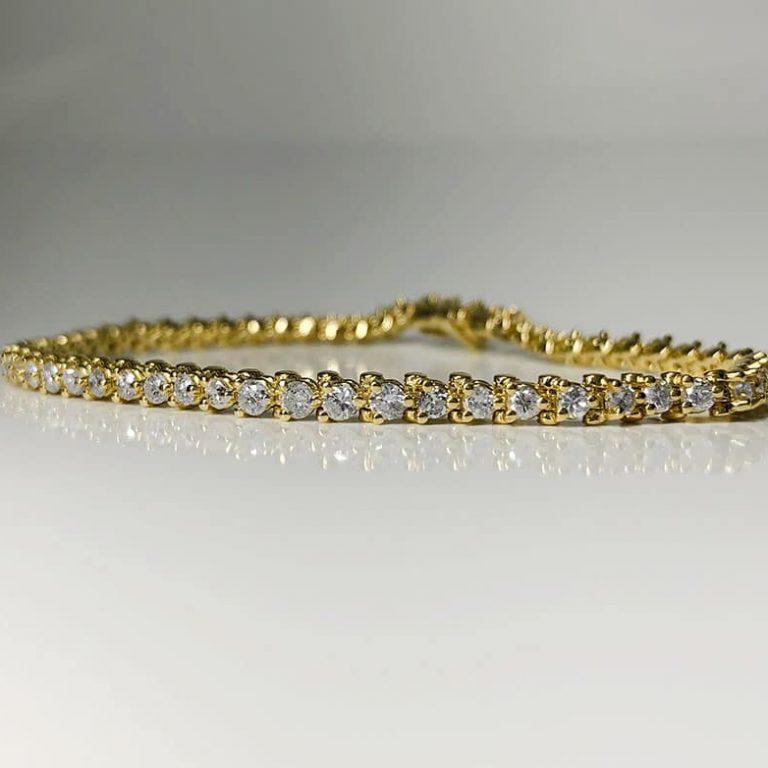 18 KY Gold Bracelet 2.75 CTTW white diamonds