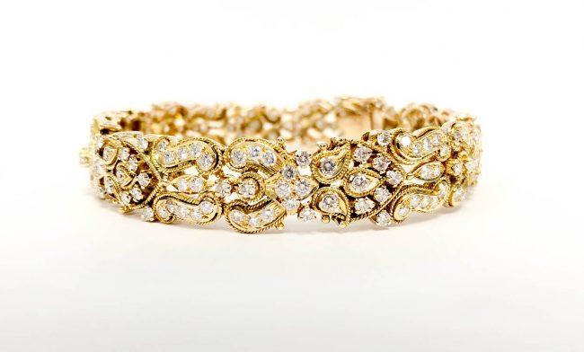 18KY Diamond Bangle