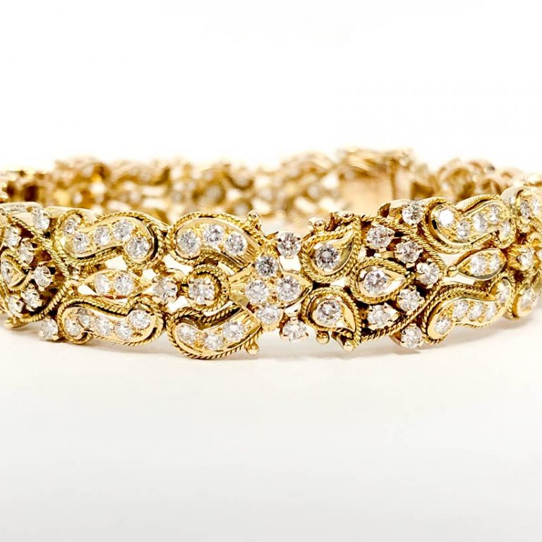 18KY Diamond Bangle