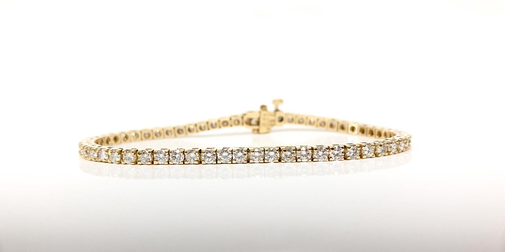 14KY 4.0 Carat Total Weight Diamond Bracelet